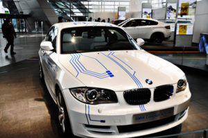 Car Repair Shops 300x199 Car Repair Shops What Are The Choices For BMW Car Repair Shops